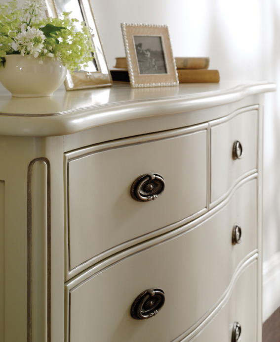 Isobel Chest of Drawers