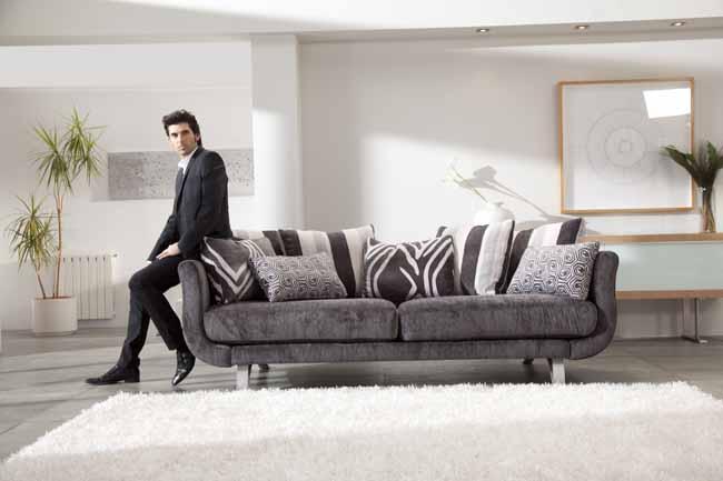 Lexus Sofa by Fama
