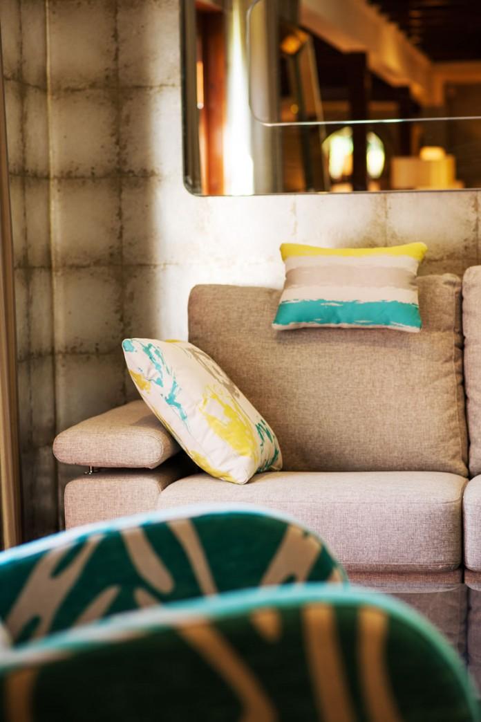 Nimbo Sofa by Fama