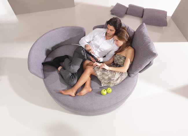 Circular My Apple Chair by Fama