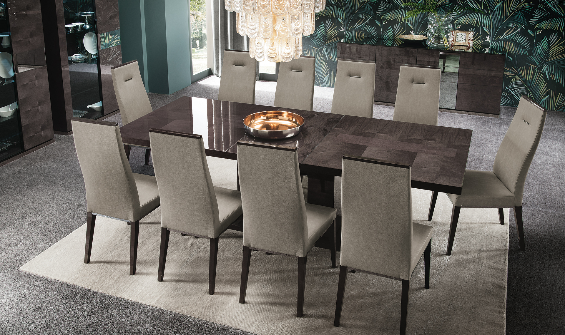 Heritage Dining Set