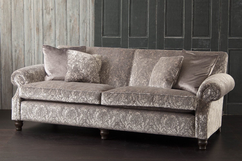 Tolstoy Sofa
