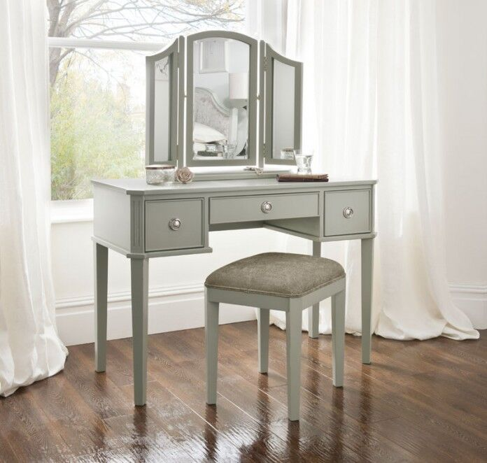 Dressing table from the Elegance Bedroom Range