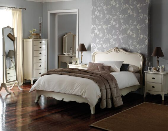 Cream Painted Bedroom Furniture Range