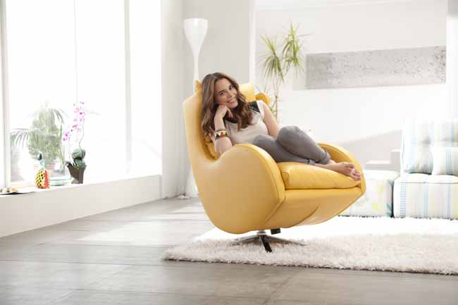 Lenny chair by Fama