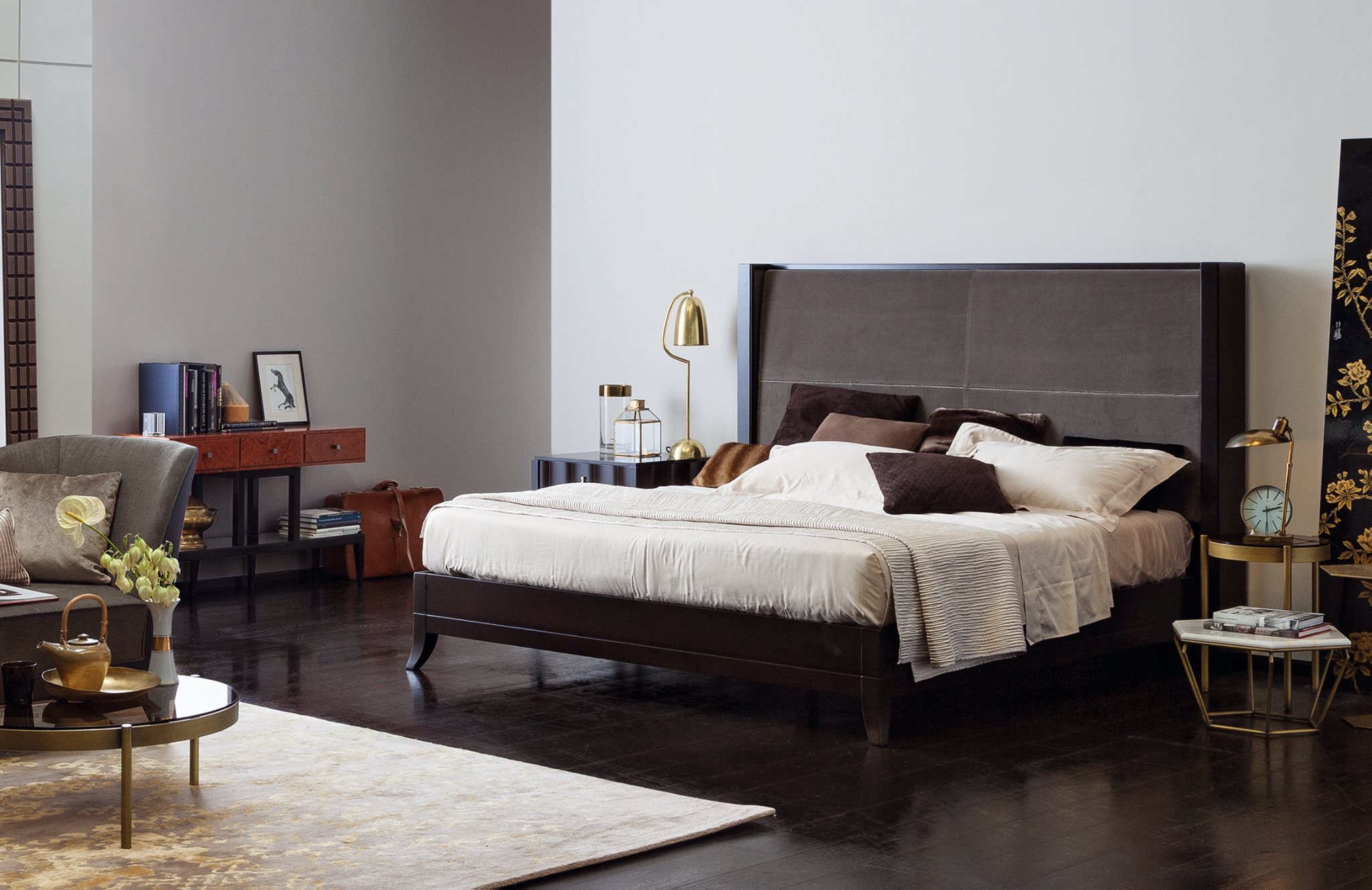 Downtown Bed by Selva